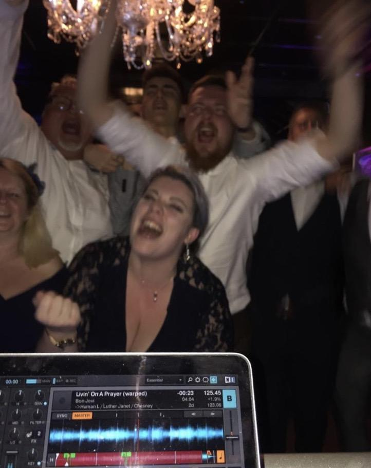 End of the night with Hampshire Event DJs, the Bartley Lodge Wedding DJ team