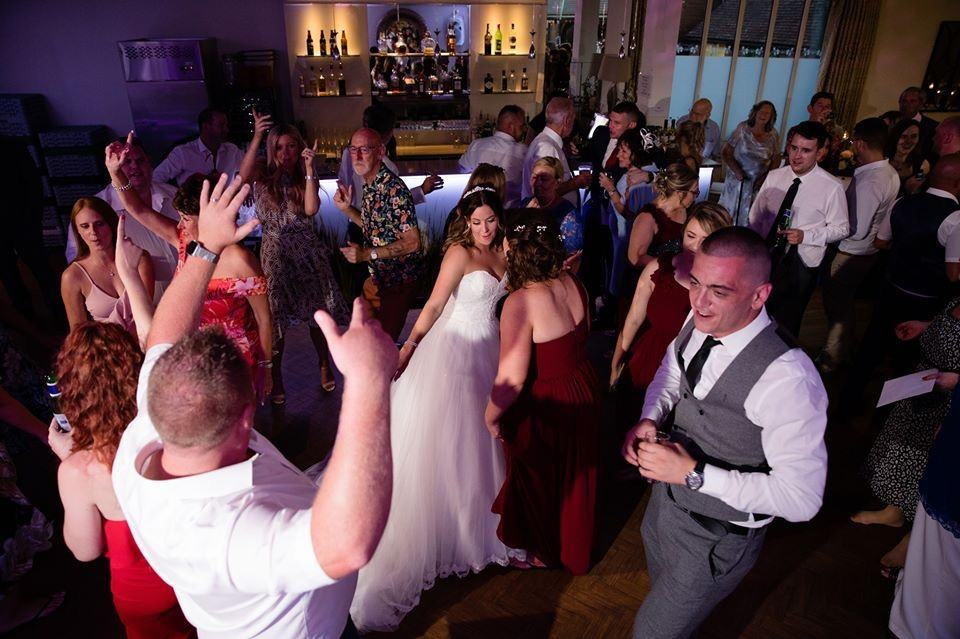 Sarah and Matt booked Hampshire Event DJs to be their Hampshire Wedding DJs